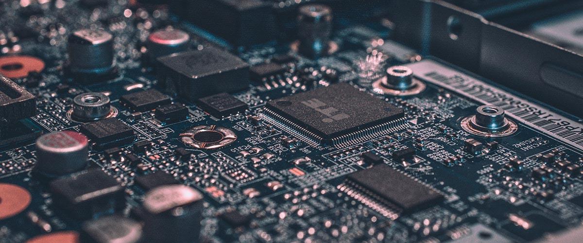 motherboard alexandre debieve unsplash